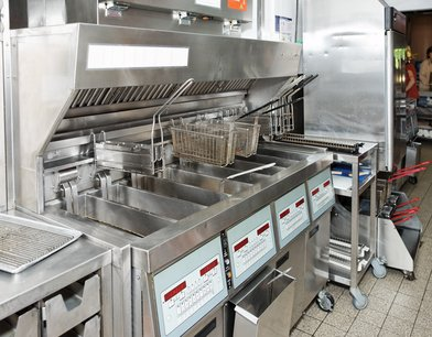 מנדפים – הפתרון לבעיות ריחות במטבח תעשייתי