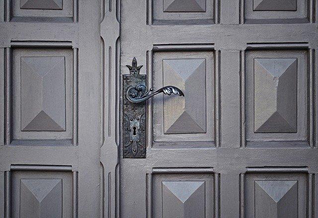 איך לבחור דלת כניסה חדשה?