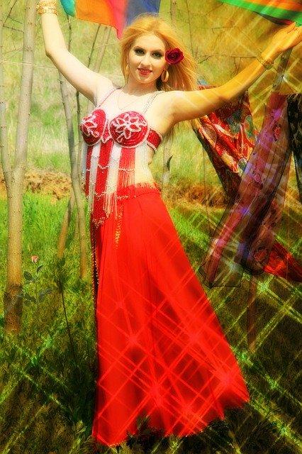 רקדנית בטן בצפון
