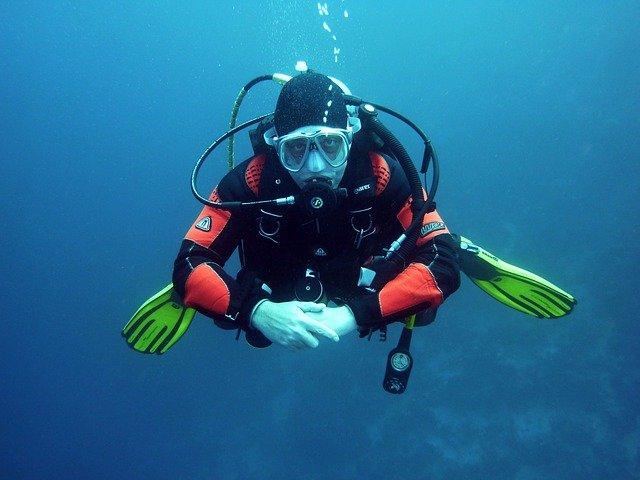 צלילת הכרות בשמורת האלמוגים באילת