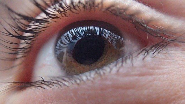 הסרת משקפיים בלייזר – לאיזה גילאים זה מתאים?