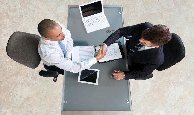 איך כדאי לבחור עורך דין בבאר שבע