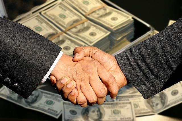 כיצד מוצאים הלוואה בתנאים טובים?