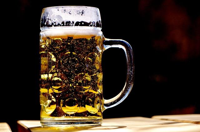 משחקי אלכוהול – מומלץ לאירוע שלכם