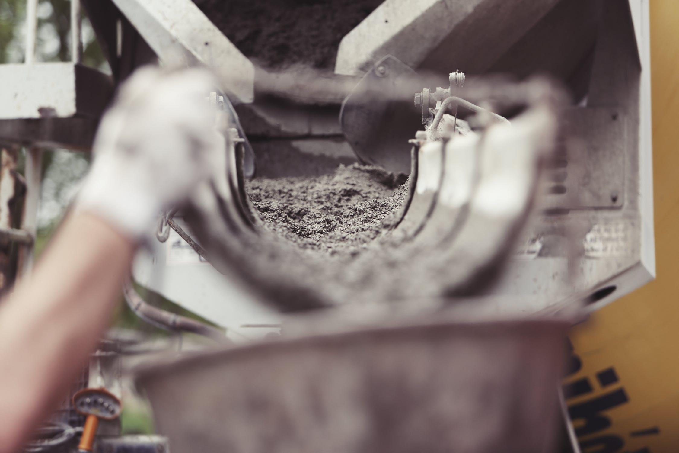 איך יוצקים עמודי בטון