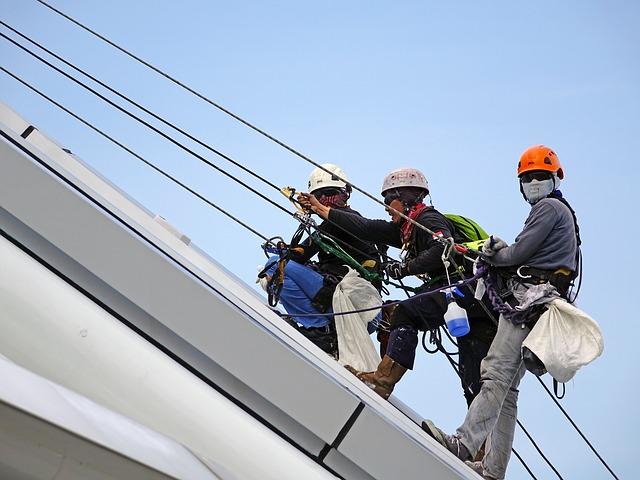 הסכנה בעבודות בגובה וכיצד יש להימנע מהן