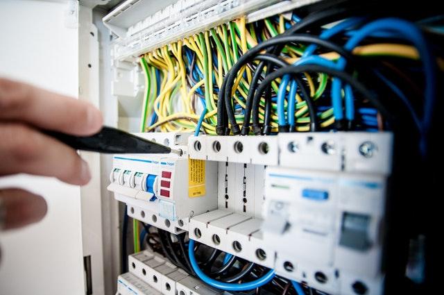 עבודות חשמל מורכבות