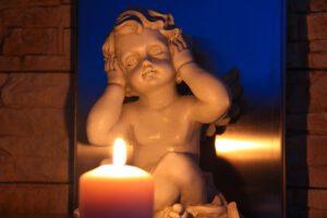 התפתחות כישורי השמיעה – מתי זה מתחיל?