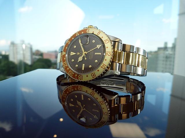 לרכוש שעון בחנות שעוני יוקרה לגבר